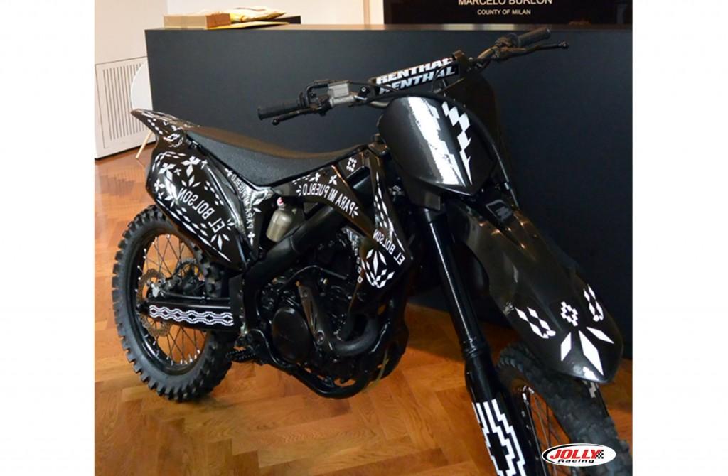 honda_crf_enduro_moto_cross_racing_marcelo_burlon_edition_black_county_milan_detail_6